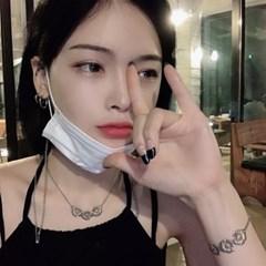 피스 데이지 목걸이 유니크한 꽃 네크리스 핸드메이드