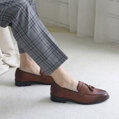 가을 키높이 가죽 무광 통말굽 정장 패션 페니 테슬 로퍼