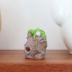 바위 청개구리 화분장식 미니어쳐