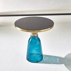 비오 글라스 테이블