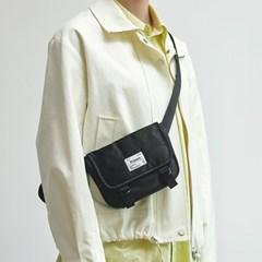 [11/6 예약배송]FENNEC C&S PADDED MINI MESSENGER BAG - BLACK