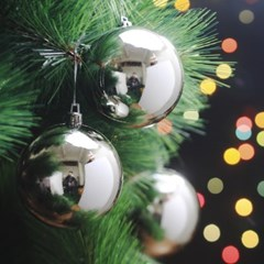 6p 실버 크리스마스 유광볼 트리 장식(8cm)
