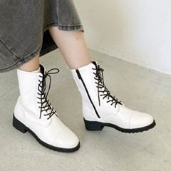 kami et muse Lace up slim ankle boots_KM20w129