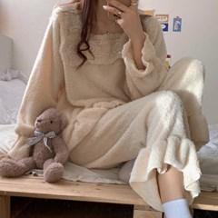 스퀘어 레이스 극세사 겨울 수면 잠옷