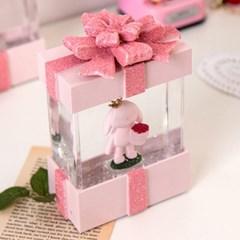 핑크 선물상자 LED 워터볼 오르골 (5type)_(2086975)