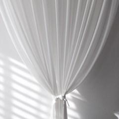 지오프리 화이트 시폰 호텔식 커튼 Geoffrey white chiffon curtain