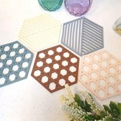 깔끔한 컬러와 디자인 육각 실리콘 냄비받침