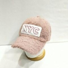 양털 뽀글이 무스탕 NYC로고 챙넓은 볼캡 야구모자