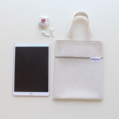 check mini book bag (natural)
