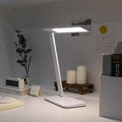 [무아스] 아이케어링 LED 스탠드 시력보호 학생용 조명