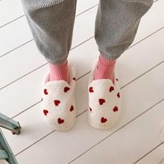 Fluffy Heart Slipper 푹신한하트슬리퍼