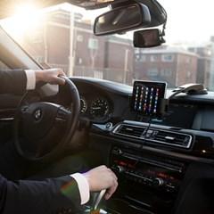 차량용 와이드 휴대폰 무선 고속 충전기 거치대