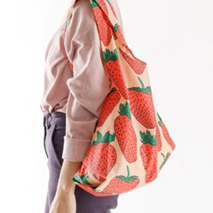 [바쿠백] 휴대용 장바구니 접이식 시장가방 Strawberry_(5297982)