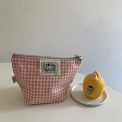 Lykke Gigngham Check Pouch_pink