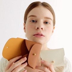 Soap Card Wallet_Creme