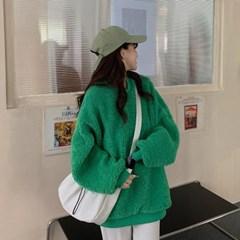 겟잇미 테안 라운드 뽀글이 맨투맨 티셔츠