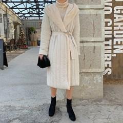 겟잇미 롱 길이 한겨울 세로퀄팅 패딩코트