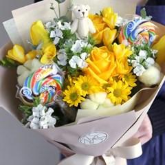 어린이 취향저격 키즈꽃다발 생화 캔디+곰인형 [전국택배]