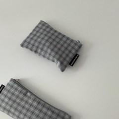 블루그레이 체크 파우치 (Blue gray check pouch)