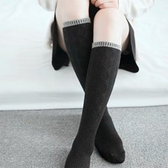 여자 배색 포인트 꽈배기 니트 니삭스 무릎 양말