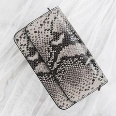 여자 연말룩 천연가죽 뱀피 무늬 크로스 미니 가방