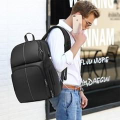 남자 여자 남녀공용 수납공간 비즈니스 출장 생활방수 백팩