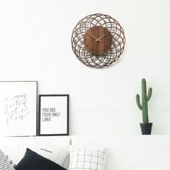 동백꽃의 꽃잎을 형상화한 카멜리아 인테리어 벽시계