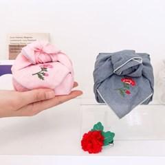 카네이션 손수건 + 브로치 세트(용돈 상자)