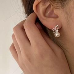 [귀찌가능] 결혼식 혼주 나비 진주 하객룩 실버925침 귀걸이