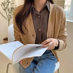 여자 깔끔한 왕버튼 면접룩 직장인 20대 30대 무지 셔츠