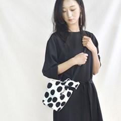 Damah Crossbag-Black dots