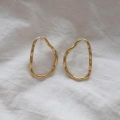 빅 웨이브 써클 포인트 귀걸이 티타늄침 (2color)