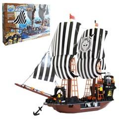 [gentoy] 검은 해적단 1037p (8107)/레고 호환블럭