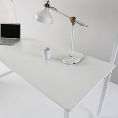 아일린 더 넓은 1500 1인용 철제 컴퓨터 선반 책상_(1199695)