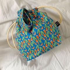 shampoo blue string bag