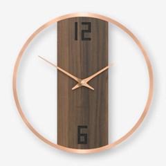 심플한 디자인에 로즈골드의 특별함이 돋보이는 인테리어 벽시계