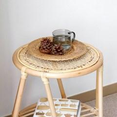 타오 라탄 사이드 테이블