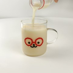 BEBE FACE GLASS CUP