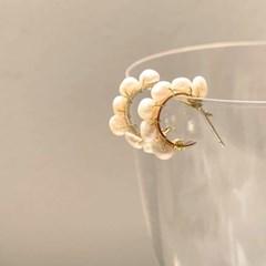 여성스러운 천연 담수진주 작은링 귀걸이