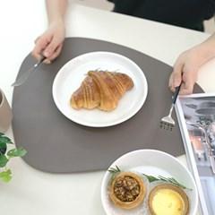 논슬립 인조가죽 테이블 식탁 매트 1개
