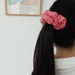 여자 똥머리 팔찌 체크 패턴 곱창 머리끈 헤어슈슈