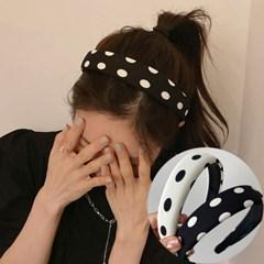 뉴리스 땡땡이 포인트 머리띠 헤어밴드