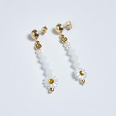 Swarovski stone daisy earrings