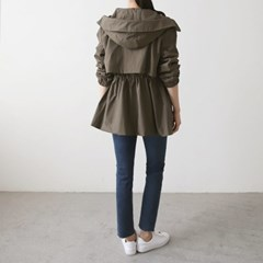 여자 캐주얼 모던 디자이너핏 사파리 야상 자켓
