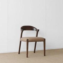 [헤리티지월넛] AJ형 의자 카멜