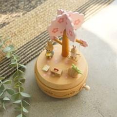 벚꽃나무 토끼 우드 오르골