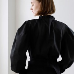 [ Acrobat October Capsule Collection ] Beroni blouse black
