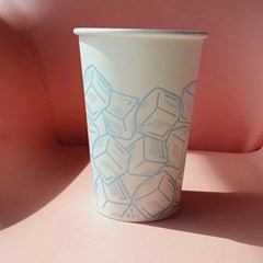 겨울에도 시원한 음료는 여기에! 얼음모양 종이컵 (12p)