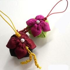 꽃잎주머니 핸드폰줄
