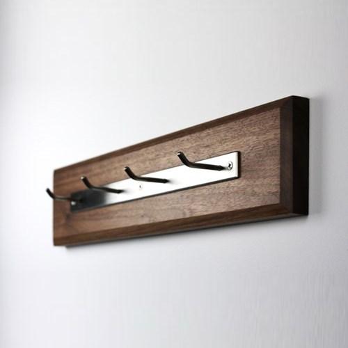 Hanger for wall / door